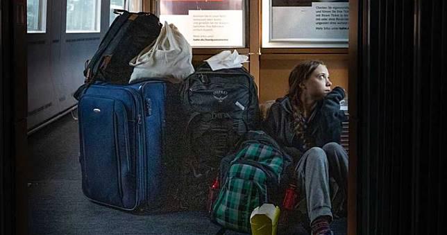 環保少女PO「返家克難照」 德國地鐵:她搭頭等車廂