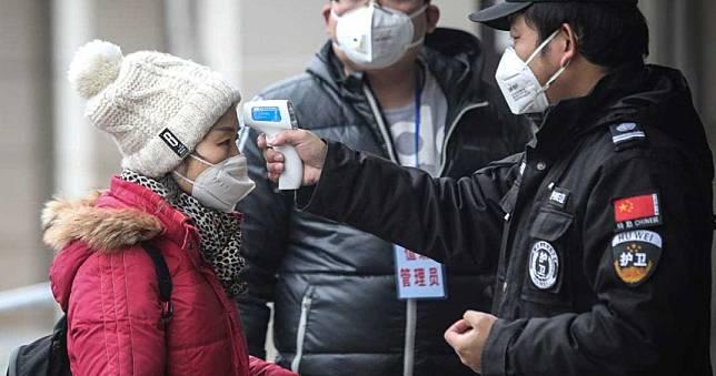 「吞退燒藥登機」被抓包!法籍華人夫婦 害200人被隔離
