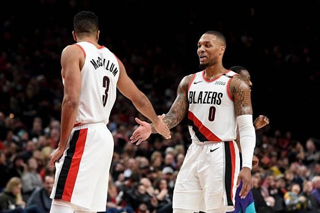 Hornets Trail Blazers Basketball