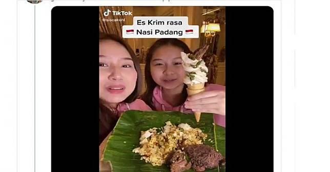 Membuat es krim rasa nasi Padang (Foto: TikTok @siscakohi)