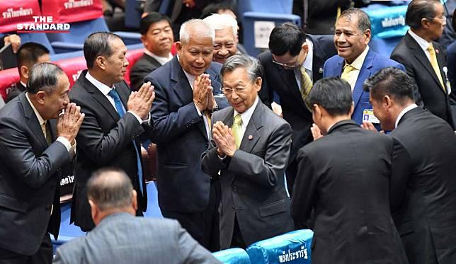 งูเห่า 6 ตัวขั้วพรรคเพื่อไทยโหวต 'ชวน หลีกภัย' นั่งประธานสภาฯ