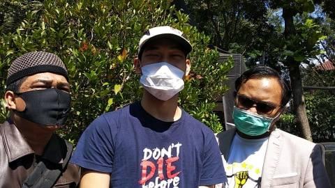 Meski Sudah Bebas, Ferdian Paleka Masih Harus Datang ke Polrestabes Bandung