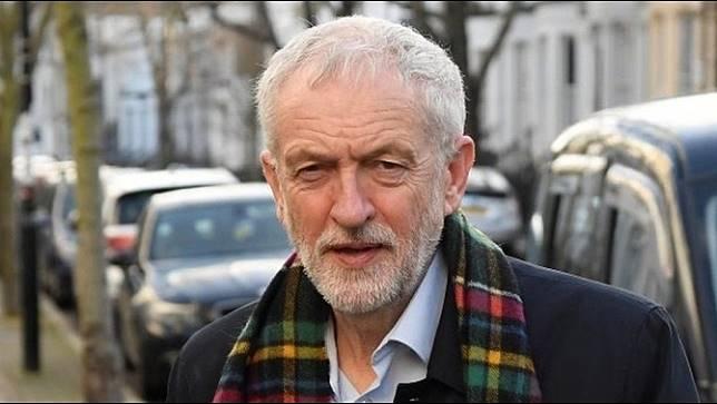 หัวหน้าพรรคแรงงานสหราชอาณาจักร พร้อมแสดงความรับผิดชอบที่แพ้การเลือกตั้ง