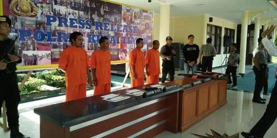 lima pembunuh orangutan ditangkap. ©istimewa