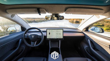 Tesla 宣佈 Model 3 內裝將不使用 100% 動物皮革!