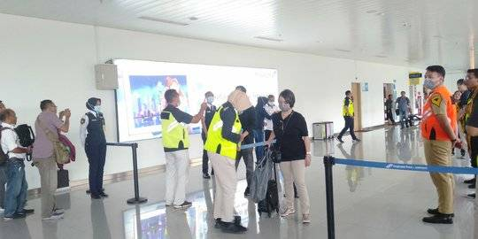 Bandara Ahmad Yani Semarang sepi imbas corona. ©2020 Merdeka.com