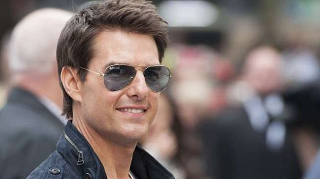 Tom Cruise [shutterstock]