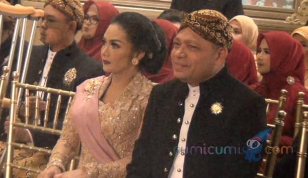 Krisdayanti Seorang Diva Indonesia, Raul Lemos Diminta Sabar dan Legawa