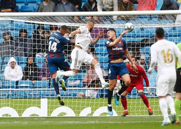 Tampil Tajam, Karim Benzema Kerasukan Cristiano Ronaldo?