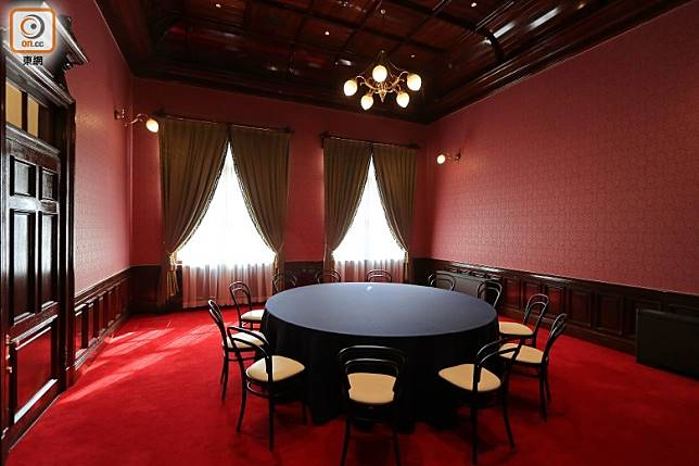 同層亦有當時天皇使用過的貴賓室,開放參觀。(李家俊攝)