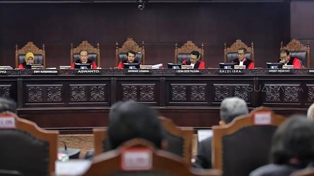 Gugatan Pilpres 2019 di Mahkamah Konstitusi. (Suara.com/Muhaimin)