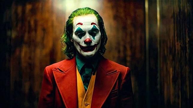 華堅馮力士扮演的小丑成為眾人模仿對象。
