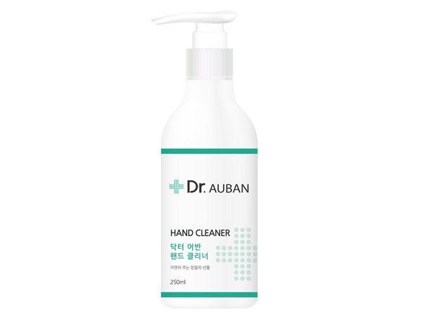 Dr.AUBAN~積雪草乾洗手凝膠(250ml)【D448479】搭配口罩/防疫必備,還有更多的日韓美妝、海外保養品、零食都在小三美日,現在購買立即出貨給您。