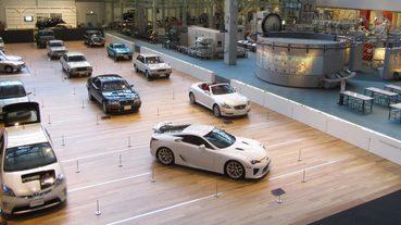 【名古屋景點】汽車迷必踩 「豐田產業技術紀念館」集結所有TOYOTA汽車的前世今生經典車款