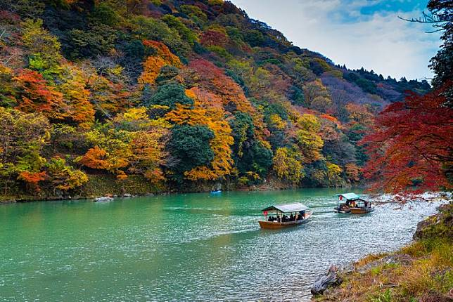 ผลการค้นหารูปภาพสำหรับ ฤดูใบไม้เปลี่ยนสี