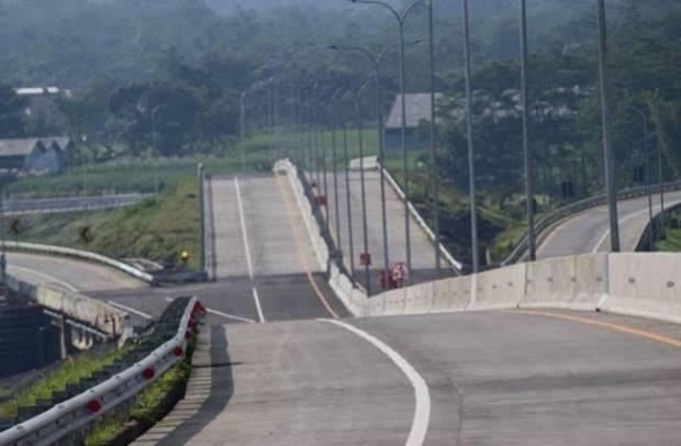 Resmi Beroperasi, Tol Seksi V Pakis-Malang Tunjang Ekonomi Daerah
