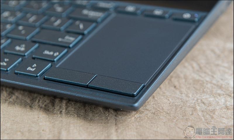 ASUS ZenBook Duo UX481 開箱 - 21