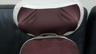 按摩椅墊推薦【健身大師】超越頭等艙夢幻開背按摩椅墊,採取人體工學設計,舒壓放鬆讓背部享受擬真開背刮痧按摩