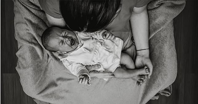 惡毒父母只餵蔬果「不給奶喝」 1歲男嬰僅3千克慘餓死!