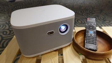 正版 OTT 齊站台,OVO 發表集投影、電視盒於一身的無框電視 K1