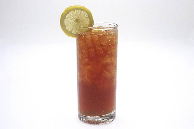 3 Minuman Ini Ternyata Nggak Baik Diminum Saat Dehidrasi