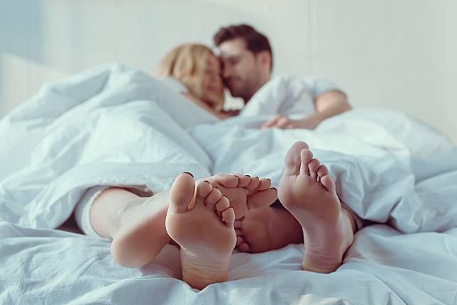 Idealnya, Berapa Kali dalam Seminggu Berhubungan Seks dengan Pasangan?