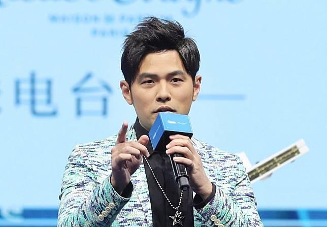 ▲周杰倫唱歌「咬字不清」,是歌迷喜歡他的一個原因。(圖/翻攝周杰倫官微)