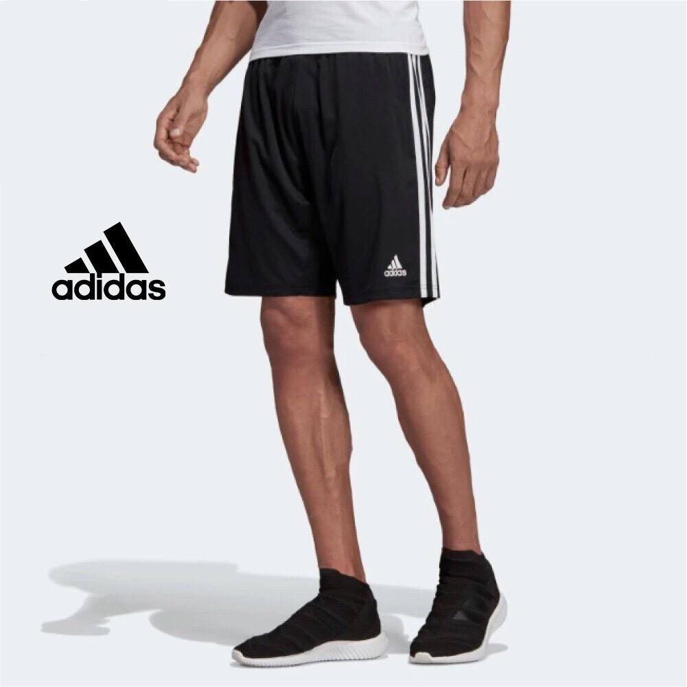 Item : #Adidas 全新正品 Stock: 現貨 & 預購 P.s : 材質100%聚酯纖維透氣 特色:口袋拉鍊款 -數據 170/70/M 173/56/S IG : WGS99 ----