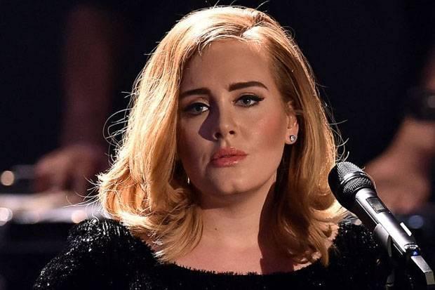 Adele Umumkan Perpisahan dengan Suaminya, Simon Konecki
