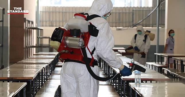 กทม. ระดมกำลังทำความสะอาดโรงเรียนพระหฤทัยดอนเมือง หลังพบนักเรียนติดเชื้อโควิด-19