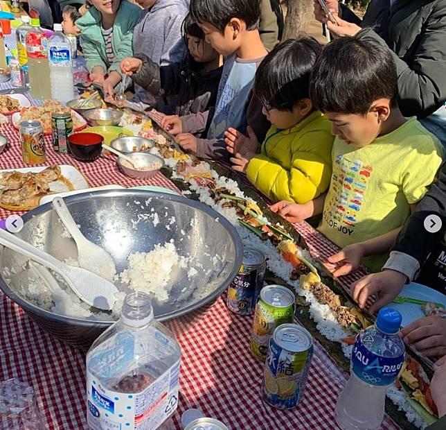 只要預備好材料,小朋友一樣可以輕易做到,透過有趣的親子活動更可教小朋友珍惜食物。(互聯網)