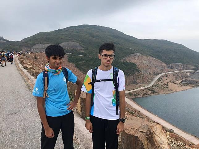 Lyron(左)和Joshua(右)是隊中較文靜的兩位非華語同學。