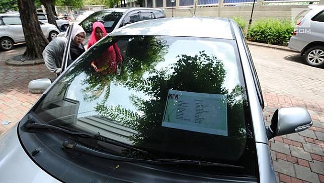 KPK Lelang Kendaraan Operasional