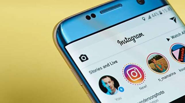 Instagram Stories. [Shutterstock]
