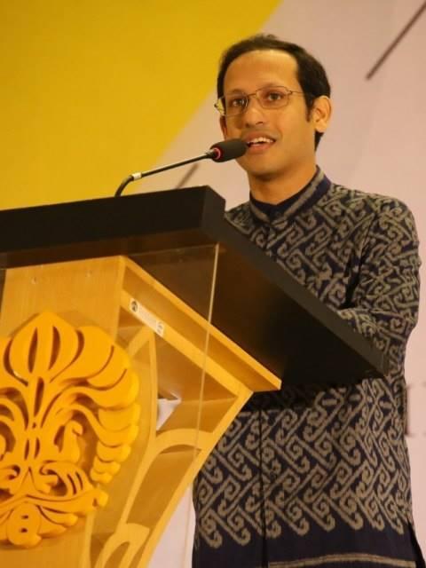 Mendikbud Nadiem Makarim di acara pelantikan Rektor UI Prof Ari Kuncoro. Foto: Dok. Humas UI