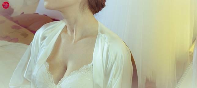 D罩杯以上看過來!破解巨乳迷思,其實女人胸大更有腦