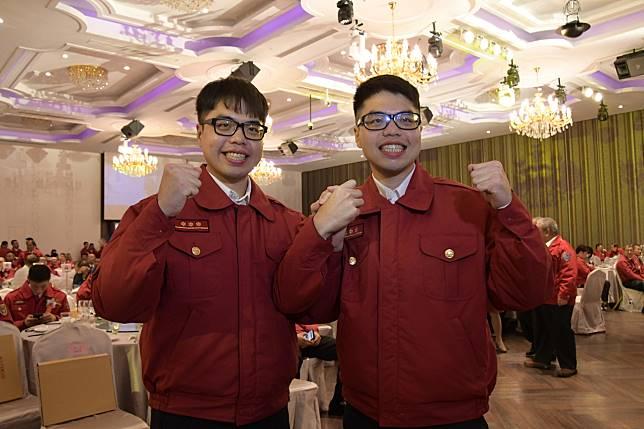 同在彰化縣消防局服務的林子溢與林子軒是雙胞胎兄弟,同獲消防楷模。記者劉明岩/攝影