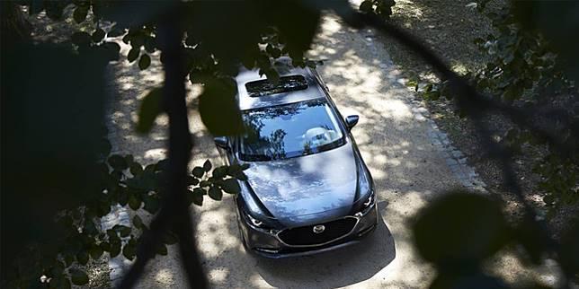 Mazda 3 (Mazda)