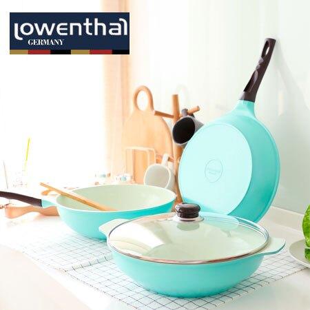 一組包含:炒鍋、湯鍋、鍋蓋、木製廚具五件組