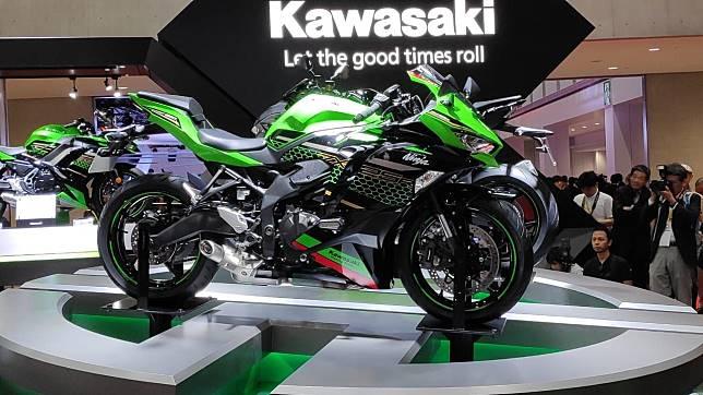 Kawasaki Ninja 250 4 Silinder dipastikan meluncur tahun depan