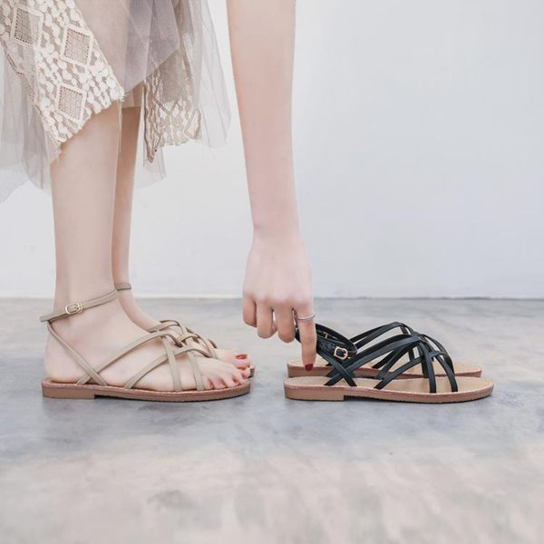 平底涼鞋 春夏季新款百搭晚晚學生仙女風搭配長裙子穿的羅馬涼鞋女平底 曼慕衣櫃