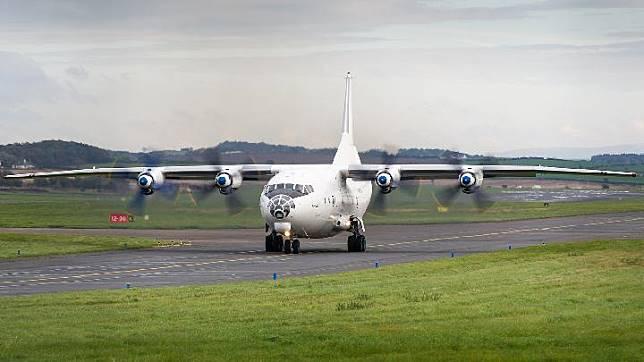 Ilustrasi pesawat Antonov An-12BP. flickr.com