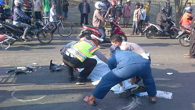 Ilustrasi korban kecelakaan  (surya/muhammad rizal ghurobi)