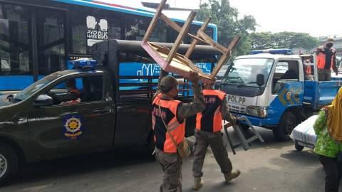 Baiknya Tak ke Pasar Tanah Abang 8-9 Mei ini, TNI-Polri-Satpol PP Jaga Ketat (1)
