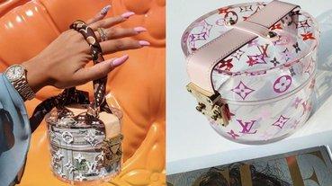 竟能一秒變包包!最近在 IG 造成洗版風潮的 LV「飾品收納盒」實品美到哭,訂單已排到明年~