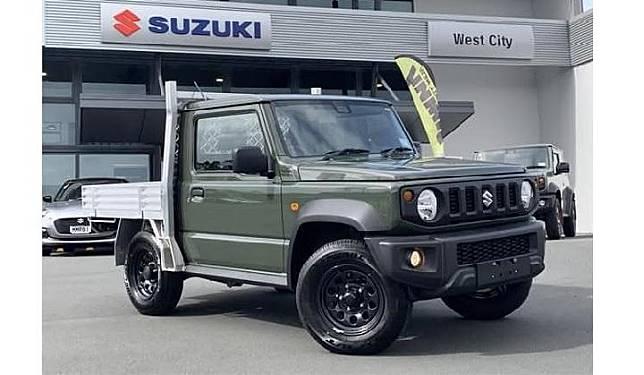 Suzuki Jimny pikap hasil modifikasi dealer. Sumber: creative311.com