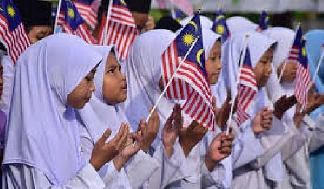 Murid sekolah di Malaysia (needpix.com)