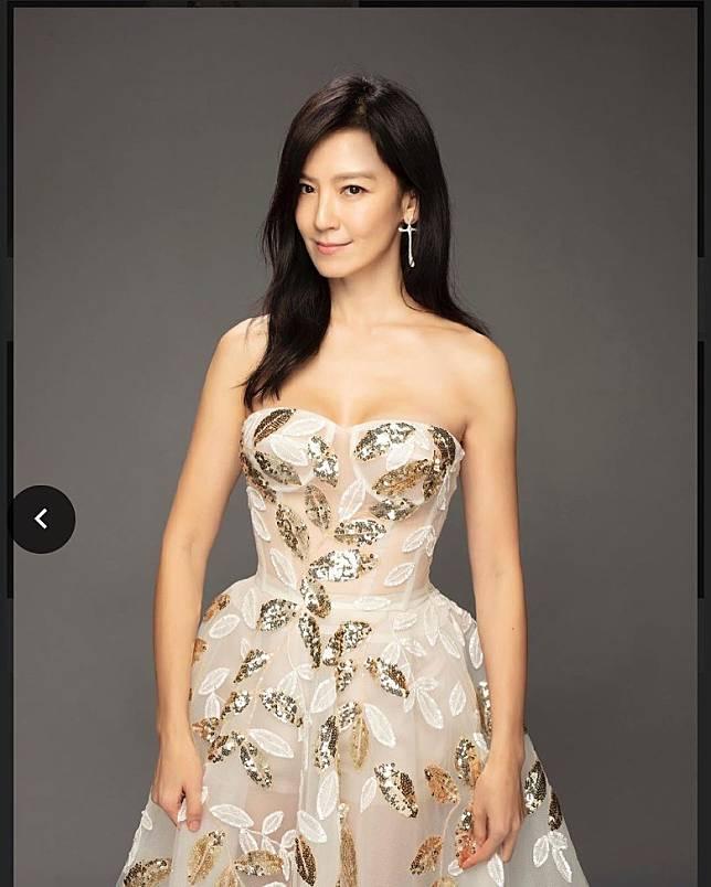 44歲的林熙蕾依然令人着迷。