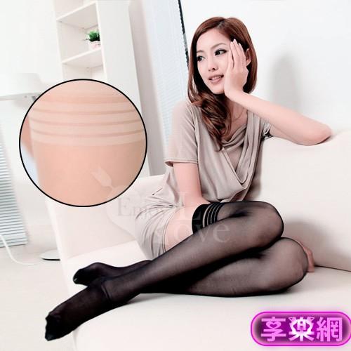 說明: 顯瘦修腿長筒膚色絲襪 類別:絲襪 材質:88% Nylon 12%Spandex 厚薄:薄款 顏色:膚色 尺碼:均碼 (適合身高150-175cm) 【襪類簡介】 *符合人體工學,穿著方便不緊