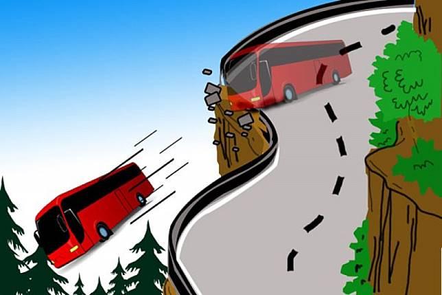 Bus yang terjun ke jurang kelebihan muatan
